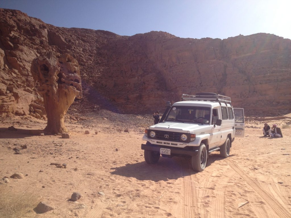 PERMISO INTERNACIONAL DE CONDUCIR- Itinerario 10 días en Egipto Cañón del Color Dahab