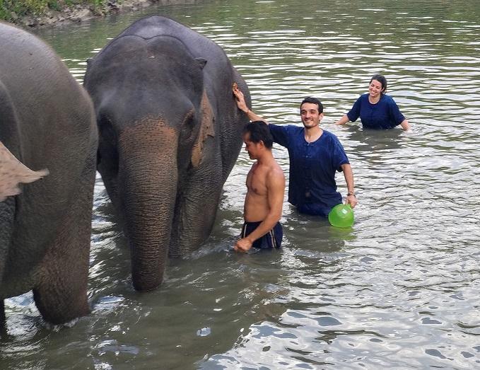 ELEPHANT NATURE PARK, Chiang Mai, Tailandia.
