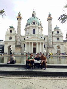 ¿Qué visitar en Viena? Karlsplatz