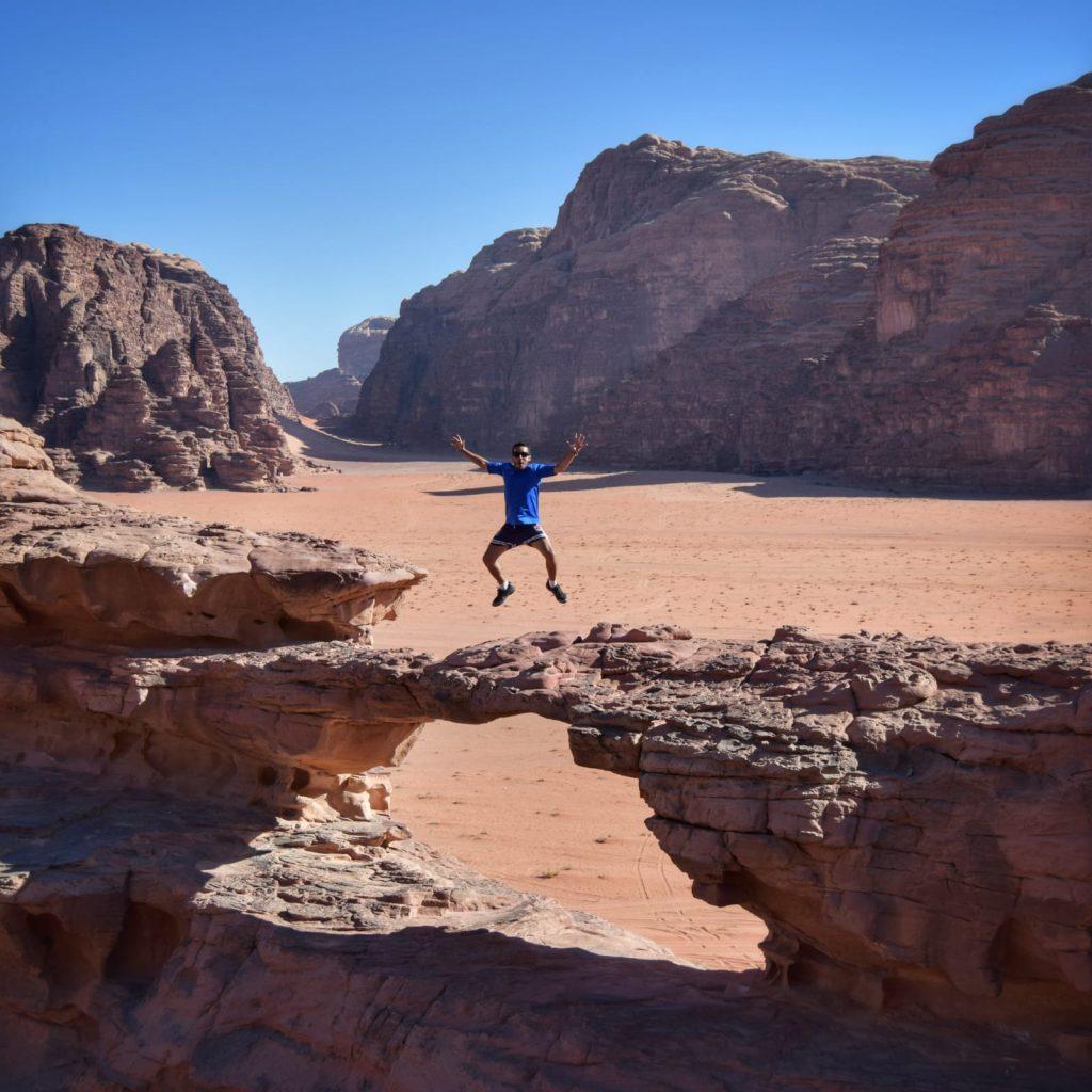 El desierto del Wadi Rum (Jordania) -Bridge Wadi Rum Jordania