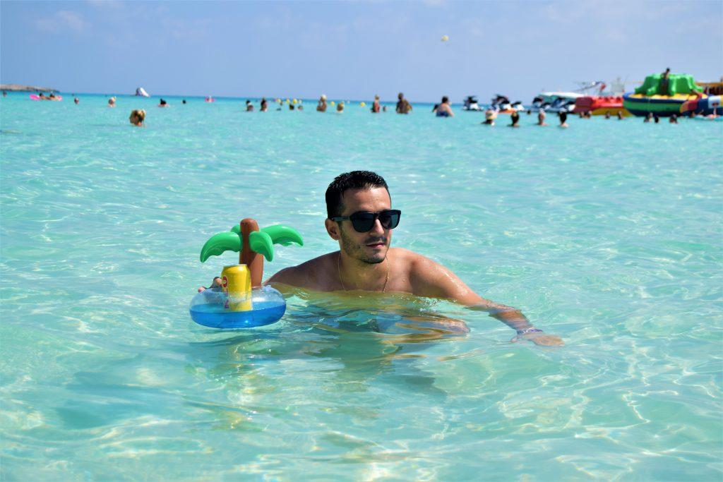 Beber cerveza y viajar. Cerveza Keo Nissi Beach Chipre