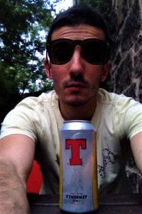 Beber cerveza y viajar. Cerveza Tennents Escocia