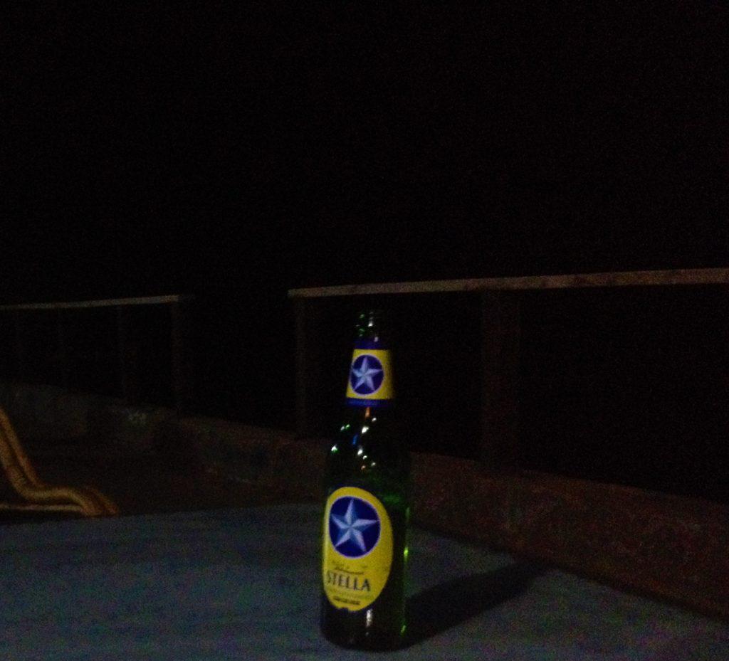 Beber cerveza y viajar. Stella Cerveza Egipcia
