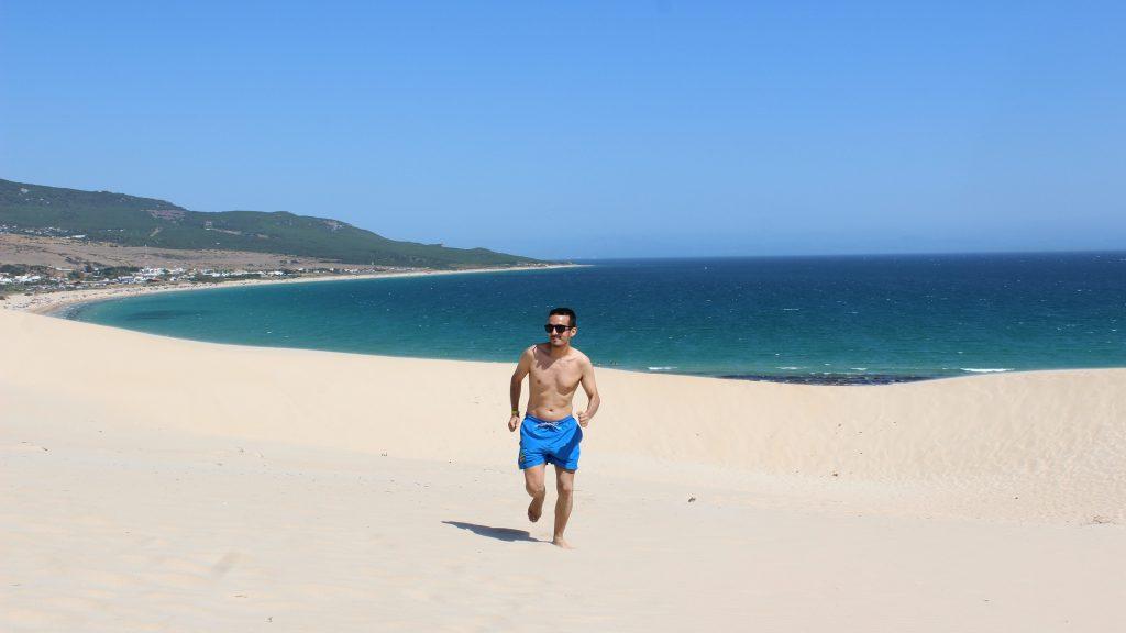 Playa de Bolonia - 7 imprescindibles que hacer en Cádiz provincia.