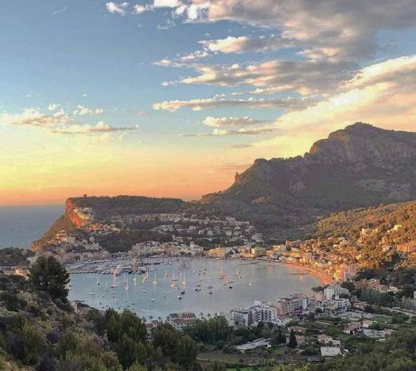 5 pueblos que no te puedes perder en Mallorca - Puerto de Sóller